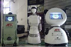 vesti_naslovna_bangkok_university_serving_robots.jpg