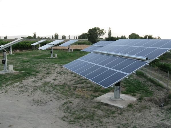 6_vesti_razno_solarni_paneli_obnovljivi_izvori_energije_positive_energy_greece_automatika.rs.png.png