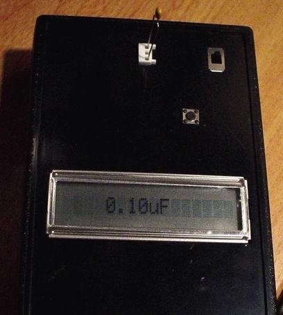 slika uredjaja merenje kapacitivnosti uredjaj projekat PIC16F88 elektronika automatika.rs