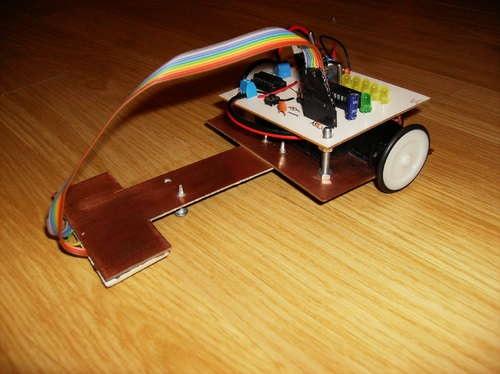 slika2 robot_koji_prati_liniju_projekti_automatika.rs