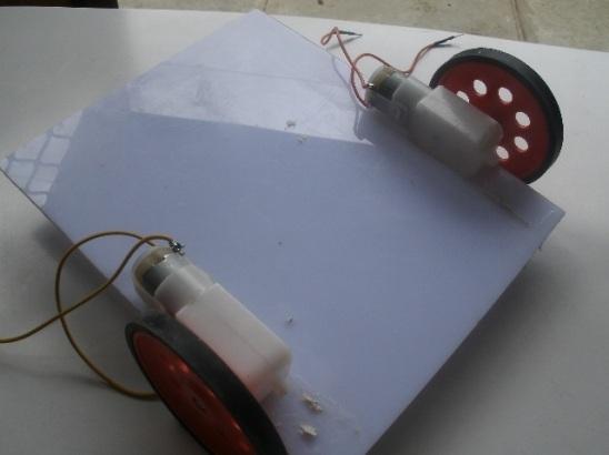 slika21 kako da napravite vas prvi robot koriscenjem arduino razvojnog sistema projekti mehatronika automatika.rs