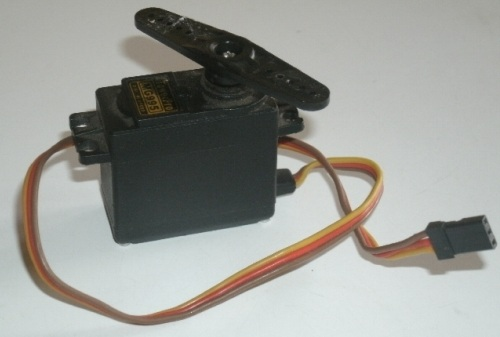 slika3 kako da napravite vas prvi robot koriscenjem arduino razvojnog sistema projekti mehatronika automatika.rs