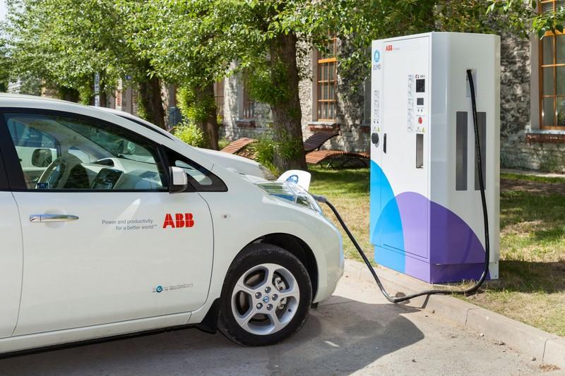 abb fast charger elektricna vozila ev punjaci terra 51 dc abb  automatika.rs