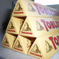 toblerone robotika irb 6600 irb 2400 automatizacija rokovanje materijalom automatika.rs