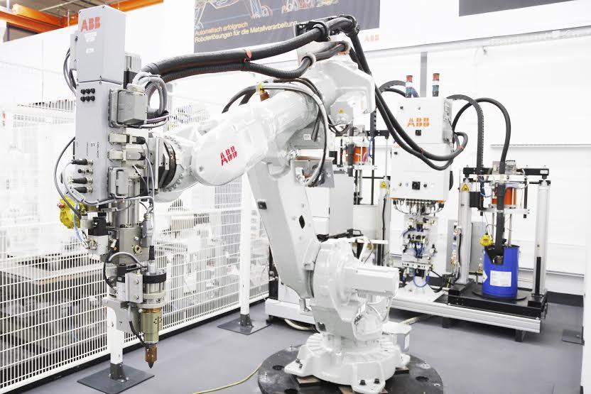 ABB-logo abb robotika SAD fabrika branislav mrgud automatizacija robotika automatika.rs